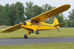 N92400 - 1946 Piper J3 Cub [Cross-wind landing]