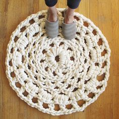 crochet carpet  I so need to learn this.