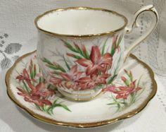 Vintage ROYAL ALBERT - Bone China Tea Cup & Saucer - Gladiolus