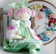 Купить Аришка с другом - салатовый, мятный, красный, розы, розовый, нарядный, весна, тильда