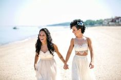 24 Summer Wedding Ideas to Copy for Your Own Celebration - Check out these steal-worthy summer wedding ideas, themes, and tips before you start planning your warm weather soirée. crop top wedding dress two piece pants {Aneé Atelier} Bohemian Beach Wedding, Beach Weddings, East Coast Beaches, York Beach, Wedding Blog, Wedding Ideas, Lesbian Wedding, Beach Club, Warm Weather
