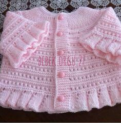 yes i know this is knitting but it is also great inspiration for a copy cat crochet version so cute - PIPicStats Baby Knitting Patterns, Baby Hats Knitting, Knitting For Kids, Crochet For Kids, Baby Patterns, Cat Crochet, Knitted Baby, Baby Knits, Knitting Designs