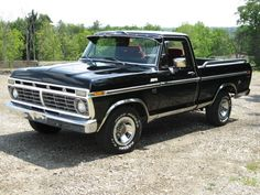 HERE IS A 1973 FORD RANGER F100 2 WHEEL DRIVE PICKUP TRUCK.THERE ISN'T ANY RUST ON THIS TRUCK.THIS TRUCK IS STRAIGHT & DRIVES STRAIGHT DOWN THE ROAD.POWER STEERING,POWER BRAKES,REAR SLIDING WINDOW, AIR CONDITIONING,GOOD RUBBER ON TIRES.