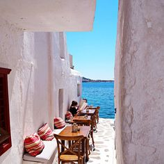 #mykonos alley to the aegean sea... #love #greekislands