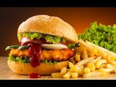 """Although this probably won't keep you from eating your favorite fast """"food"""", they say knowledge is power. So at least you can eat it powerfully. These are 25 things fast food restaurants don't want yo Fast Metabolism Diet, Metabolic Diet, Junk Food, Popeyes Menu, Food Porn, Vegan Fast Food, Vegetarian Food, Cheeseburger, Fried Chicken Sandwich"""