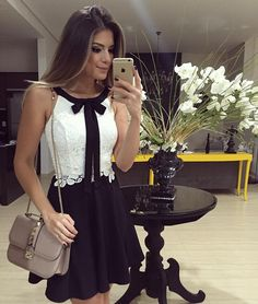 Lace White Top with black bow and short skirt Fashion Vestidos, Fashion Dresses, Modern Outfits, Casual Outfits, Moda Chic, Pretty Dresses, Casual Looks, Dress To Impress, Dress Skirt
