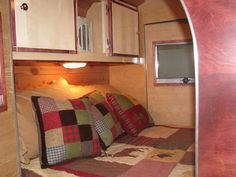 Travel trailers are some of the most common RV units purchased by workers' families, because the entry costs are quite low, especially if someone already has a suitable tow vehicle. Teardrop Camper For Sale, Teardrop Camper Interior, Teardrop Camper Plans, Teardrop Camping, Campers For Sale, Teardrop Trailer, Camper Curtains, Camper Beds, Trailer Awning