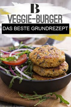 There doesn't always have to be meat on the burger! We'll show you a simpl -Veggie burger - Veggie burger. There doesn't always have to be meat on the burger! We'll show you a simpl - Canned Salmon Patties, Best Salmon Patties, Fried Salmon Patties, Southern Salmon Patties, Salmon Patties Recipe, Salmon Burgers, Burger Recipes, Salmon Recipes, Lunch Recipes