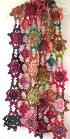 Lindos y ponibles, con variadas formas y colores, con flores o con la forma que quieras. Hecha a volar tu imagina...
