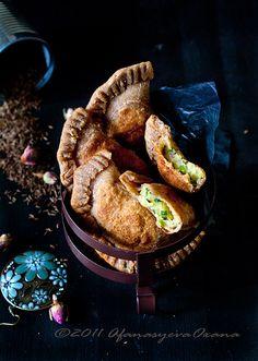 Boulanee afgani (potato scallion turnovers)