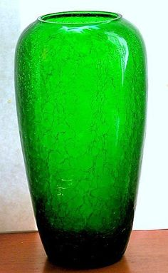 Glass Vintage Vase Crackle Sparkling Emerald Green Tall My Favorite Color, Favorite Things, Green Vase, Crackle Glass, Vintage Vases, Pressed Glass, Green Garden, Color Of The Year, Kelly Green