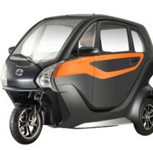 2018 Adult Three Wheel Scooter Electric Trike Electric Tricycle with AIR CONDITION Electric Tricycle, Electric Scooter, Electric Cars, Trike Scooter, Eagle Wallpaper, Futuristic Motorcycle, Third Wheel, Pedal Cars, Cute Cars