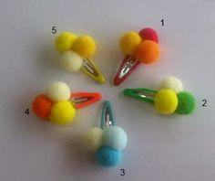 Preciosas horquillas para el pelo de tu perro http://prunasdogshop.com/28-lazos-y-accesorios-para-el-pelo