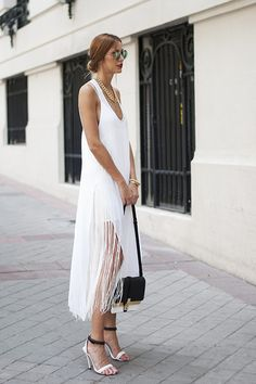 Vintage Inspired Street Style | White Fringe Dress Trend | Tassel | Strappy Heels | Bright, White and Modern Summer Chic Fashion Trends | Boho Vibe | Gatsby Love