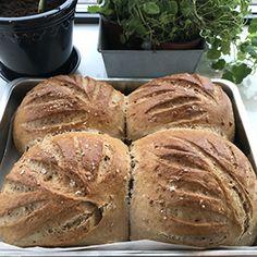 Olgabrødet - Kitchn.no Bread, Baking, Food, Amigurumi, Cactus, Brot, Bakken, Essen, Meals