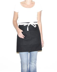 The cafe apron is a great basic, perfect if you need something simple to wipe your hands and carry your things while in the kitchen. It is also a favorite among servers; a classy apron option for hold