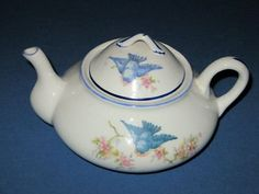 .I wish I could find this...this pattern of china is very hard ti find.