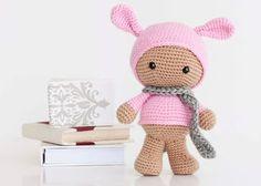 Muñeca Amigurumi Tekubi Disfrazada de Conejo - Patrón Gratis en Español aquí: http://mispequicosas.blogspot.com.es/2014/01/amigurumi-muneca-conejo-patron.html