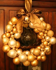 EDDIE ROSS - Ornament Wreath Winner
