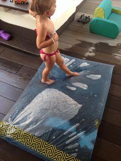 Questo mega sacchetto sensoriale è davvero uno spasso sia per i piccoli che per i grandi e davvero facile da realizzare! Ecco cosa serve: -un sacchetto gra