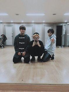 BTS Cuties Taehyung, Jimin and Jungkook Jimin Jungkook, Namjoon, V E Jhope, Bts Bangtan Boy, Bts Taehyung, Seokjin, Vmin, Jikook, K Pop