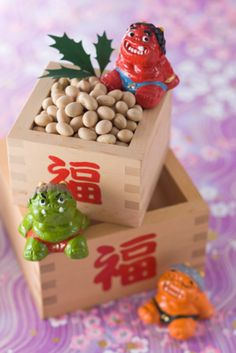 Soybean and ornament of evil:スマホ壁紙 End Of Winter, Winter Kids, Child Day, Lucky Charm, Seasonal Decor, Feng Shui, Diy And Crafts, Decorative Boxes, Japanese