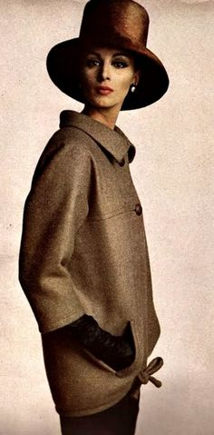 Yves Saint Laurent - Vogue September 1962 #NaaiAntwerp