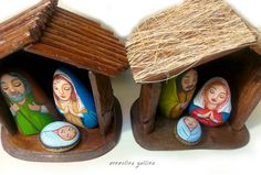 Christmas Nativity Scene set Hand painted rocks and wooden hut, hand made by Ernestina Gallina, Pietrevive Rock Art www.etsy.com/... www.facebook.com/...