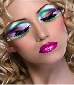 20 + Peacock Feather Inspired Eye Make Up Designs, Ideas & Looks Dramatic Eyes, Dramatic Eye Makeup, Gothic Eye Makeup, Fantasy Makeup, Crazy Makeup, Love Makeup, Awesome Makeup, Bright Makeup, Pretty Makeup