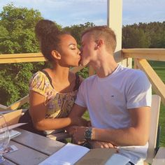 Keep calm and love interracial couples. Interracial Couples, Biracial Couples, Interracial Dating Sites, Interracial Wedding, Mixed Couples, Teen Couples, Cute Relationship Goals, Cute Relationships, Cute Couples Goals