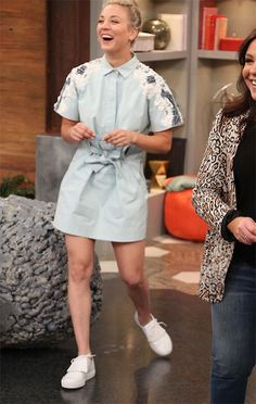 Kaley Cuoco on Rachael Ray May 10, 2017, wearing Robert Clergerie Shoes