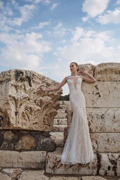 c8736a9e0c3 Wedding Dresses Inspiration   Show stopping elegance in this Lian Rokman