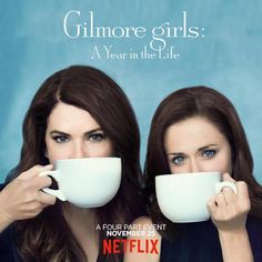 Alexis Bledel and Lauren Graham in Gilmore Girls: A Year in the Life Gilmore Girls Poster, Gilmore Girls Netflix, Watch Gilmore Girls, Rory Gilmore, Lauren Graham, Amy Sherman Palladino, Stars Hollow, Life Poster, New Poster