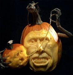 Pumpkin Sculpture - absolutely AMAZING!