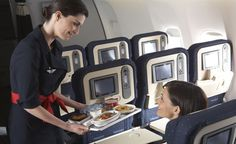 Cabine Voyageur : Meal service in Voyageur (economy) cabin class  | www.airfrance.com