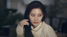 #미모겹경사 우아미 넘치다 못해 고혹미까지 미모 포텐 터진 #서현(@seojuhyun_s) 그녀의 비결은 바로 잘 고른 메이크업 스타일 이랍니다! 바로 내 피부처럼 자연스럽지만 더 좋아 보이는 #MSBB ! 지금 서현의 #메이크업시크릿 을 확인 해볼까요? -Editor cacar -Film HM #라메르 #안티에이징 #파운데이션 #스킨케어파데 #건강한메이크업 #파데추천 #컬러캡슐안티에이징파운데이션 #소녀시대 #소시 #beauty #cosmetics #lamer #girlsgeneration #Seohyun #INSTYLE_NEWS  via INSTYLE KOREA MAGAZINE OFFICIAL INSTAGRAM - Fashion Campaigns  Haute Couture  Advertising  Editorial Photography  Magazine Cover Designs  Supermodels  Runway Models
