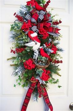 TIMELESS FLORAL CREATIONS - WINTER WREATHS