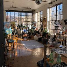 Beautiful large sunny artists loft with 2 walls of industrial windows in Brookly. Beautiful large sunny artists loft with 2 walls of industrial windows in Brooklyn Loft Apartment Decorating, Design Apartment, Dream Apartment, Apartment Ideas, Bar Design, House Design, Design Loft, Patio Design, Art Studio Room