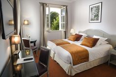 Beautiful Bedroom in the Clarion Hotel Chateau Belmont Tours #Tours #France #ClarionHotel Booking Link: http://www.choicehotels.fr/en/clarion-hotel-chateau-belmont-tours-tours-hotel-fr382?promo=icpinfrabcfr382