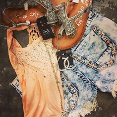 Summer Outfit - Peach Sparkle Tank - Shorts - Sandals