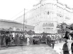Old Athens Photos Stadiou Street. Back to Old Athens Photos Greece History, Athens Greece, Once Upon A Time, Old Photos, The Past, Greek, Louvre, Street View, Building
