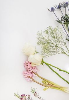 3 Tips for Making a Perfect Bouquet Everytime - Blumen - Flower Flower Phone Wallpaper, Iphone Wallpaper, Flower Backgrounds, Wallpaper Backgrounds, Flower Power, Bouquet, Spring Wedding Flowers, Flower Aesthetic, Arte Floral