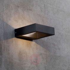 Avon LED outdoor wall light in a modern design | Lights.ie