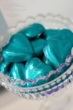 Chocolate Hearts and Turquoise ♥ Grandin Road Color Crush on Laguna Magenta, Turquoise And Purple, Color Azul, Turquoise Color, Aqua Blue, Turquoise Table, Azul Tiffany, Tiffany Blue, Shades Of Turquoise