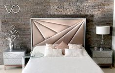 Grand sheet collection and discover stunning cotton bedding sets, layer groups, pillow covers, quilts, & shams. Bed Headboard Design, Modern Headboard, Headboards For Beds, Luxury Bedroom Design, Bedroom Bed Design, Bedroom Decor, Contemporary Bedroom, Modern Bedroom, Bed Furniture