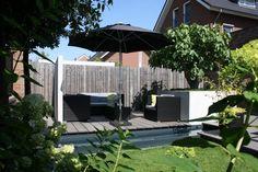 Zwembad in de tuin tuintuin