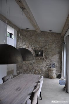 Interior Decorating Styles, Interior Design, Rustic Home Design, House On The Rock, Interior Stairs, Stone Houses, Menorca, Home Living, Rustic Interiors