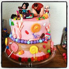 Cake my sister wants me to make her! Challenge accepted.. :)