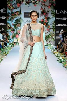 Shyamal & Bhumika lehenga for summer brides