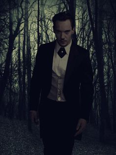 """Jonathan Rhys Meyers in a promotional pic for """"Dracula""""."""